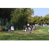 田中電気グランドの芝の整備と肥料まきを行いました